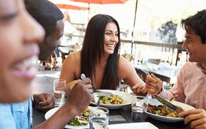 Manger santé au restaurant ne devrait pas être compliqué!